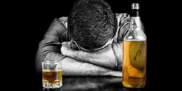 Употребление алкоголя при гепатите С