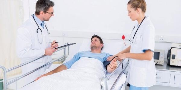 Лечение мужчины от гепатита